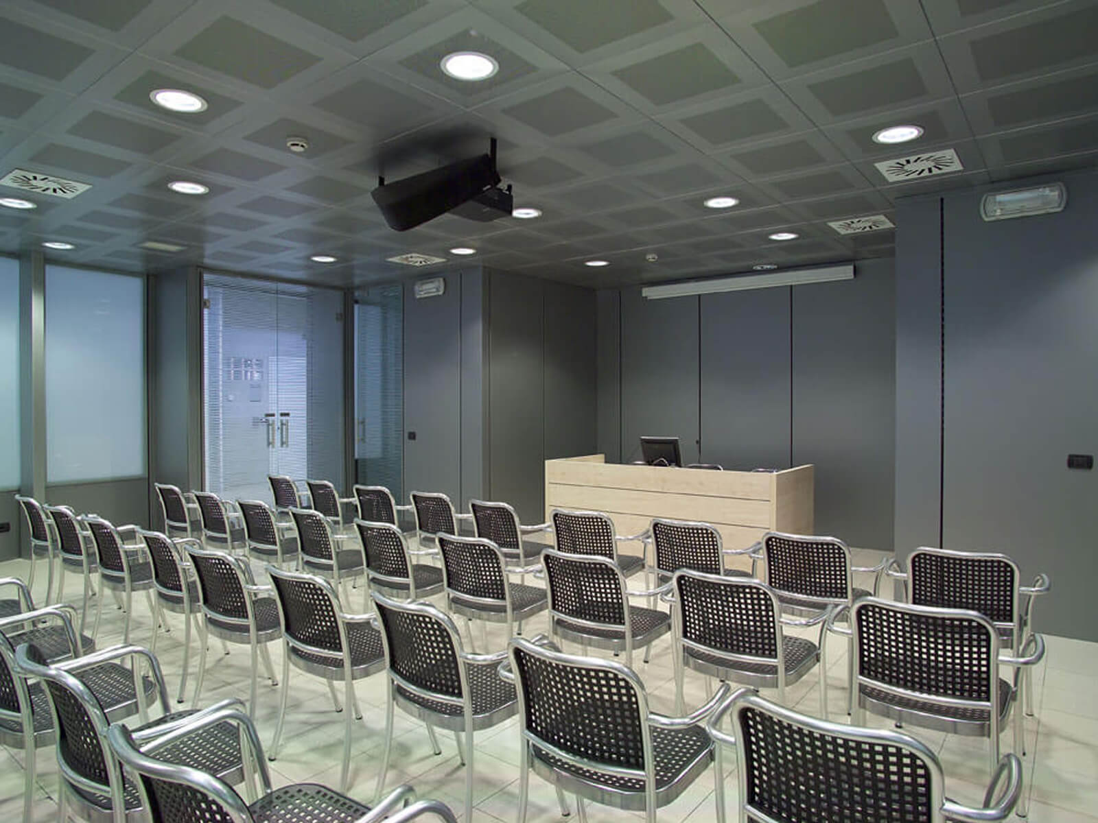 Sale per conferenze e corsi a Bergamo: sala riunioni